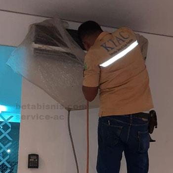 Service AC Split Pekanbaru